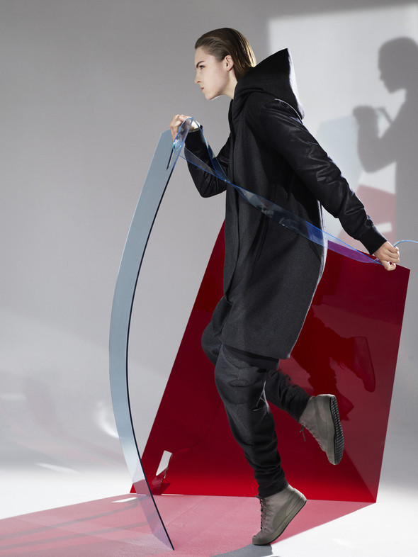 Лукбук: Urban Mobility by Hussein Chalayan FW 2011. Изображение № 1.
