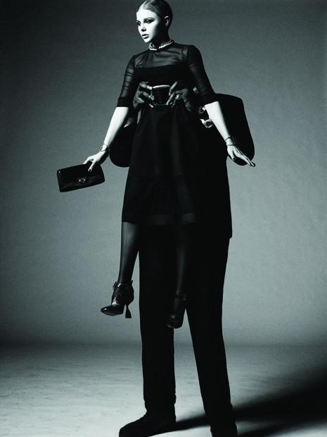 Съёмка: Хлоя Морец для Interview. Изображение № 4.