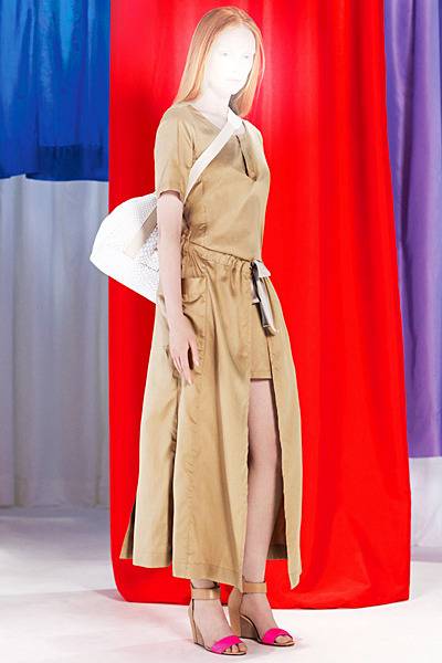 A.P.C., Chanel, MM6, Mother of Pearl, Paule Ka и Yang Li выпустили новые лукбуки. Изображение № 51.