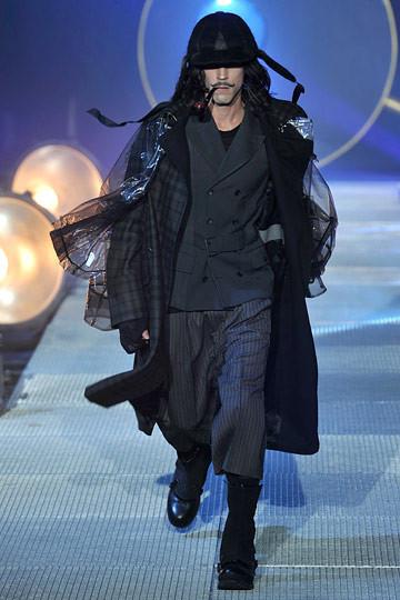 Неделя моды в Париже: мужские показы. Изображение № 51.