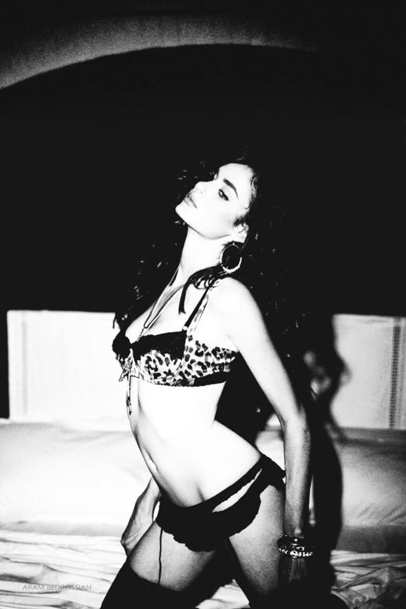 Съёмка: Николь Тренфио для LoveCat. Изображение № 10.