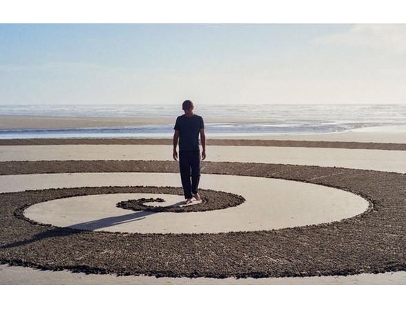 Новая земля: Гид по современному ленд-арту. Изображение № 78.