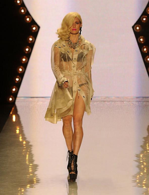 New York Fashion Week: Betsey Johnson Spring 2012. Изображение № 8.