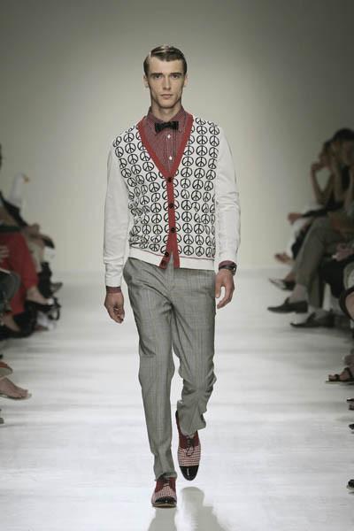 Moschino : шутник ихулиган итальянской моды. Изображение № 20.