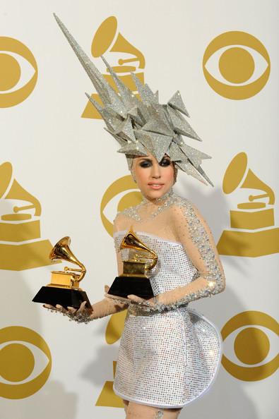 Очередные метаморфозы Lady Gaga. Изображение № 26.