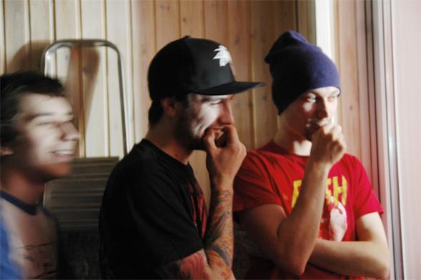 Изображение 1. Премьера клипа: NRKTK — «Жалкие Людишки».. Изображение № 2.