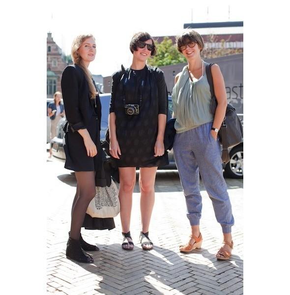 Луки с недель моды в Копенгагене и Стокгольме. Изображение № 22.