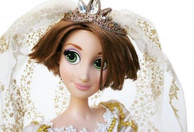 Disney представил лимитированное издание свадебной куклы Рапунцель. Изображение № 2.
