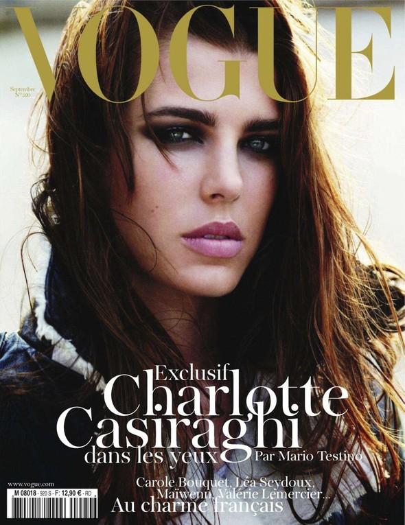 Для обложки сентябрьского номера французского Vogue снялась Шарлотта Казираги. Изображение № 1.