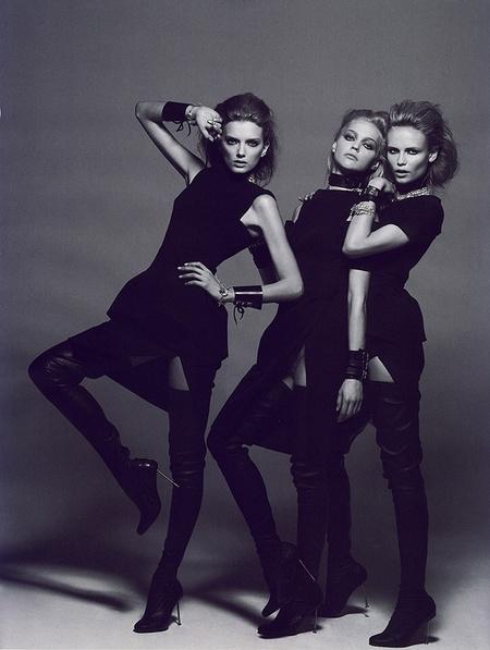 Новая черно-белая фотосерия Питера Линдберга (Vogue). Изображение № 8.