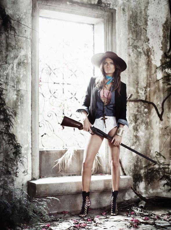 Съёмка: Изабели Фонтана для Vogue. Изображение № 1.