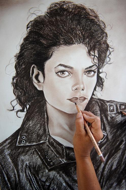 Панихида покоролю поп-музыки Майклу Джексону. Изображение № 7.