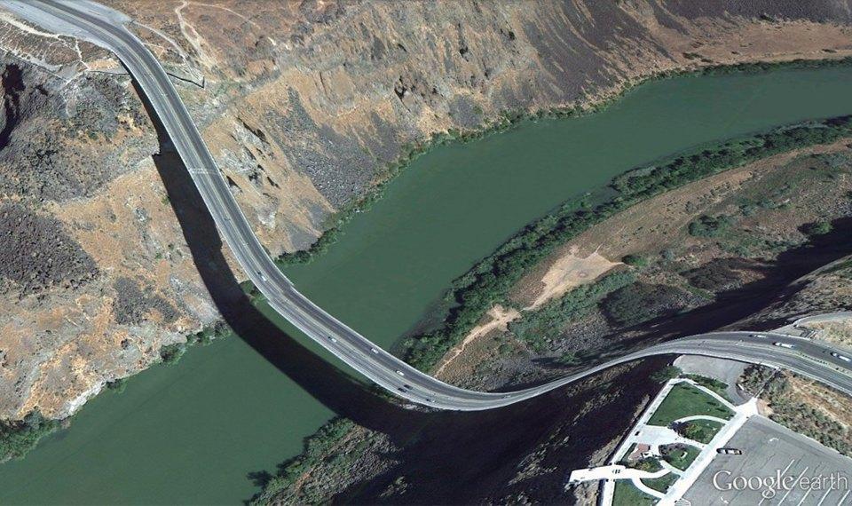 32 фотографии из Google Earth, противоречащие здравому смыслу. Изображение № 21.
