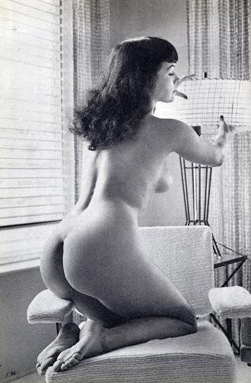 Части тела: Обнаженные женщины на фотографиях 50-60х годов. Изображение № 44.
