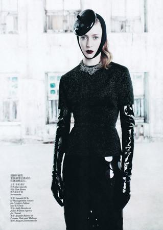 Съёмка в китайском Vogue, август 2011. Изображение № 71.