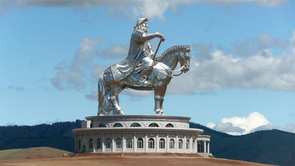 Померялись длиной: самые высокие статуи в мире. Изображение № 11.