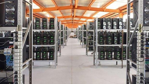 Где добывают биткоины: Фотографии с фермы криптовалюты в Китае. Изображение № 6.