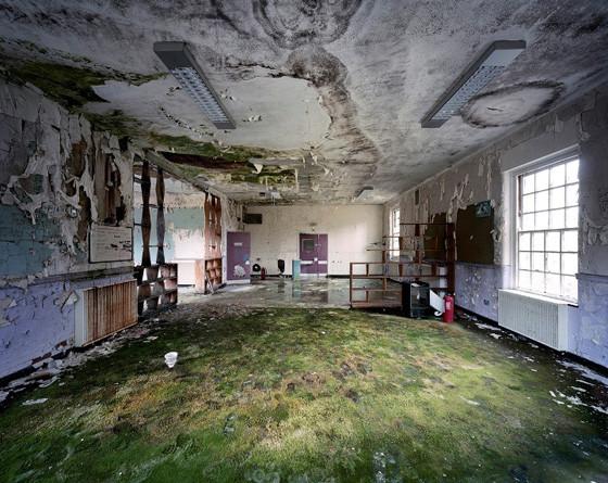 Найдено за неделю: Световая каллиграфия, натюрморты в одном тоне и панорамы разрушенных зданий. Изображение № 68.