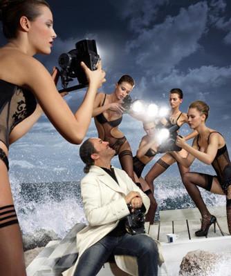 Дизайн-дайджест: Календарь Lavazza, проект Ранкина и Херста и выставка фотографа Louis Vuitton. Изображение № 33.
