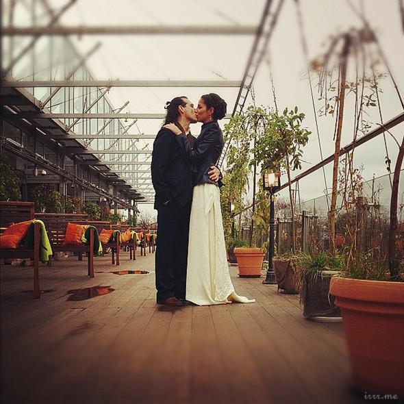 Свадебная фотосессия на мобильный телефон. Изображение № 6.