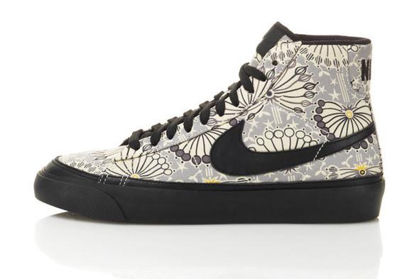 Изображение 4. Лукбук: Liberty for Nike SS 2011.. Изображение № 4.