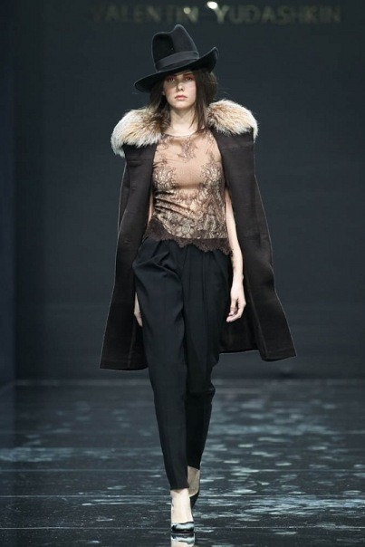 Изображение 7. Volvo Fashion Week. День 1. Valentin Yudashkin fall-winter 2011/12.. Изображение № 7.