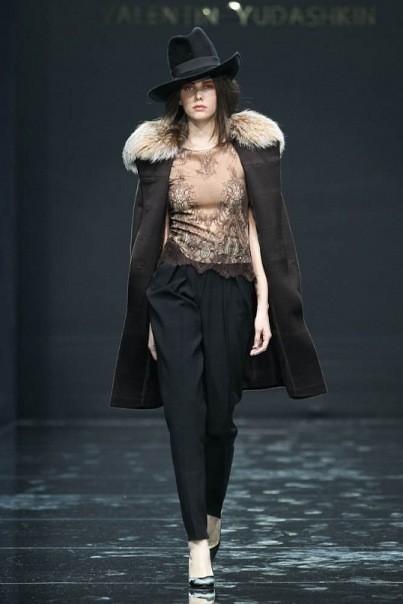 Изображение 7. Volvo Fashion Week. День 1. Valentin Yudashkin fall-winter 2011/12.. Изображение № 7.