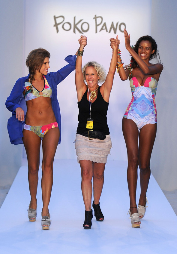 Купальный сезон 2012: Mercedes-Benz Fashion Week Miami [SWIM]. Изображение № 14.
