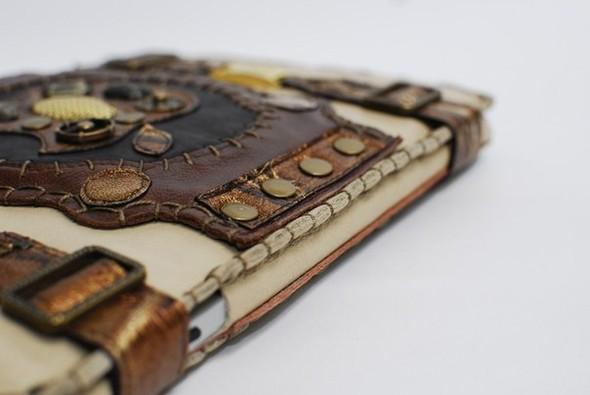 Кожанные чехлы для ipad ручной работы. Изображение № 39.