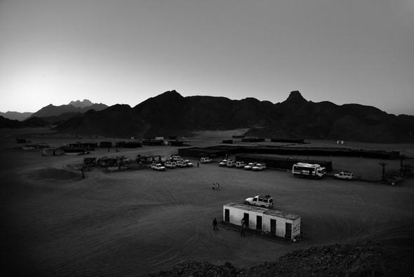 Черно-белые путешествия. Изображение № 110.