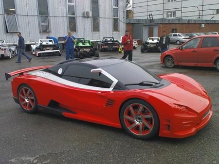 Lada vsBugatti Veyron. Изображение № 3.