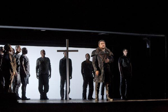 Prada создали костюмы для оперы. Изображение № 1.