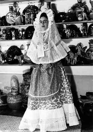 В Мексике впервые покажут гардероб Фриды Кало. Изображение № 7.