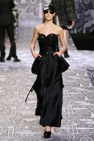 Back to black : Gareth Pugh и Victor&Rolf aw 2010-2011. Изображение № 71.