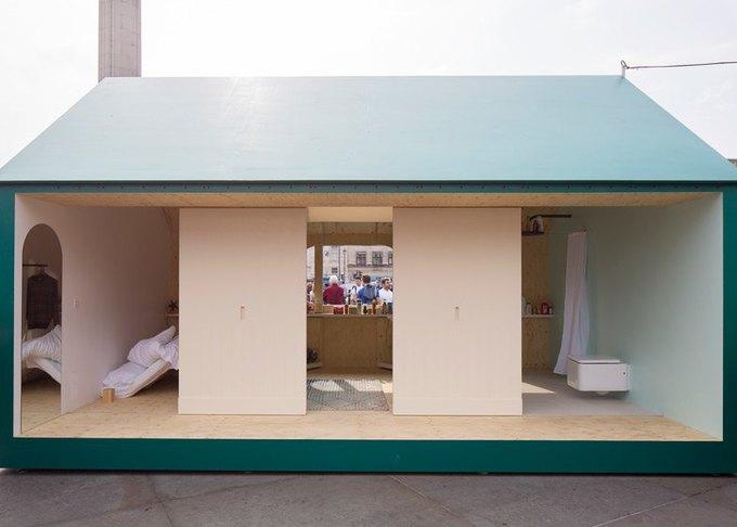 Дизайнеры создали инсталляцию для Airbnb на Трафальгарской площади. Изображение № 4.