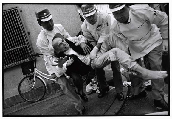 Закон и беспорядок: 10 фотоальбомов о преступниках и преступлениях. Изображение № 79.