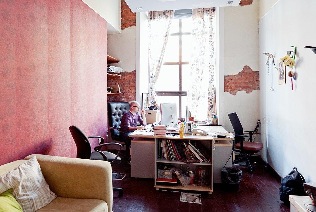 Портрет лошади, алфавит  и золотое пианино  в агентстве Instinct. Изображение № 28.