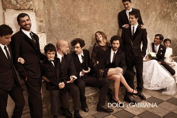 Кампании: Balenciaga, Celine, Dolce & Gabbana и другие. Изображение № 26.