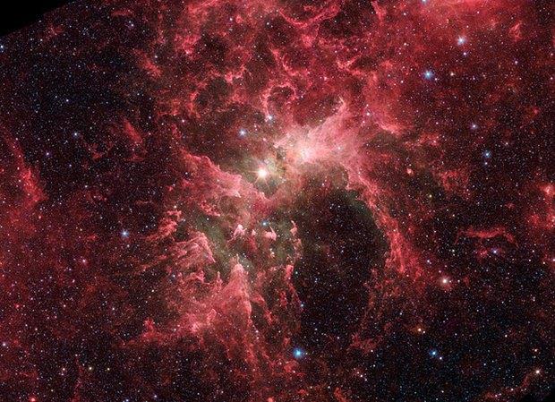 Звёздная система Эта Киля. Изображение № 3.