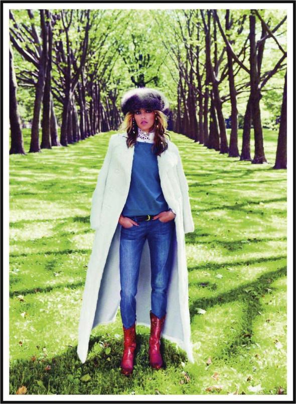 Съёмка: Аня Рубик для Vogue. Изображение № 7.