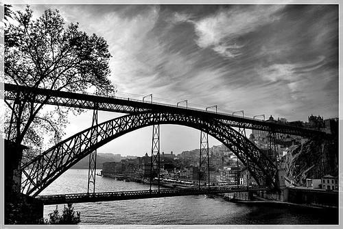 20 черно-белых фотографий мостов совсего мира. Изображение № 7.