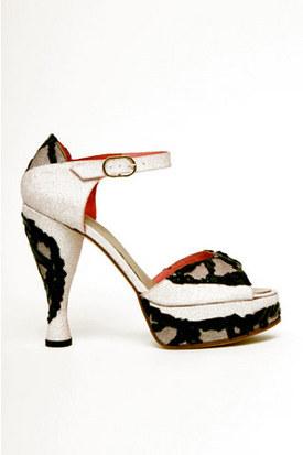Top-10 SS09 collections (Paris FW) поверсии Style. com. Изображение № 14.