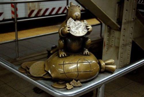 Скульптуры вНью-Йоркском метро. Изображение № 7.