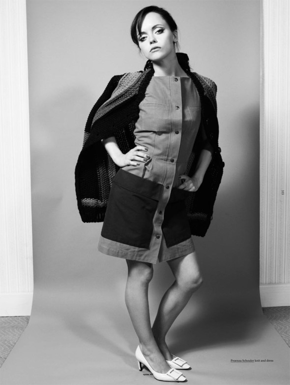 Съёмка: Кристина Риччи для Oyster. Изображение № 5.
