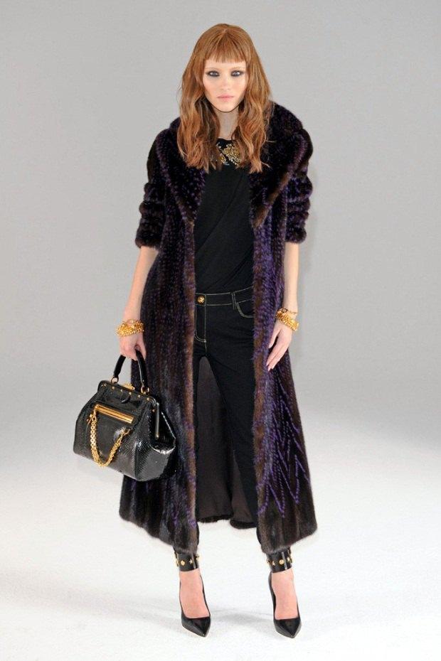 Versace, Louis Vuitton и Robert Rodriguez показали предосенние коллекции. Изображение № 4.
