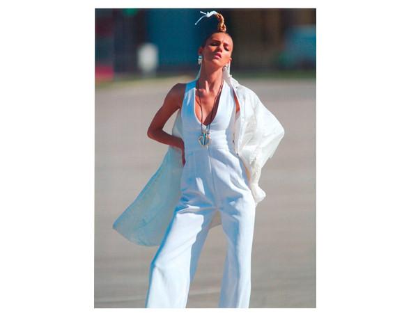 Аня Рубик во французском Vogue, апрель 2011. Изображение № 6.