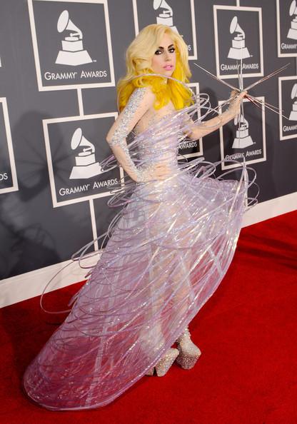 Очередные метаморфозы Lady Gaga. Изображение № 3.