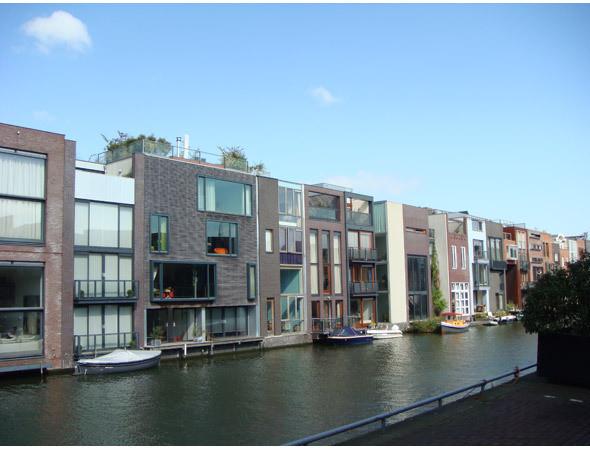 Изображение 70. 10 необычных жилых кварталов.. Изображение № 61.