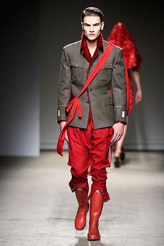 Thimister Haute Couture FW 2010. Изображение № 22.