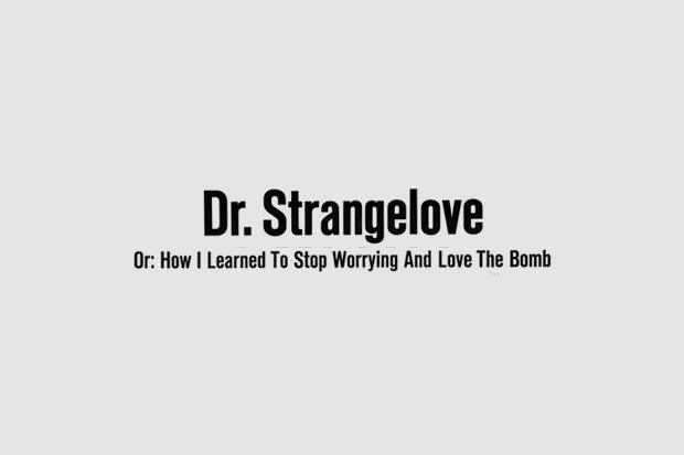 Шрифт с постера для фильма «Доктор Стрейнджлав, или Как я научился не волноваться и полюбил атомную бомбу». На нём использованы Standard, Century, Trade Gothic. Изображение № 7.